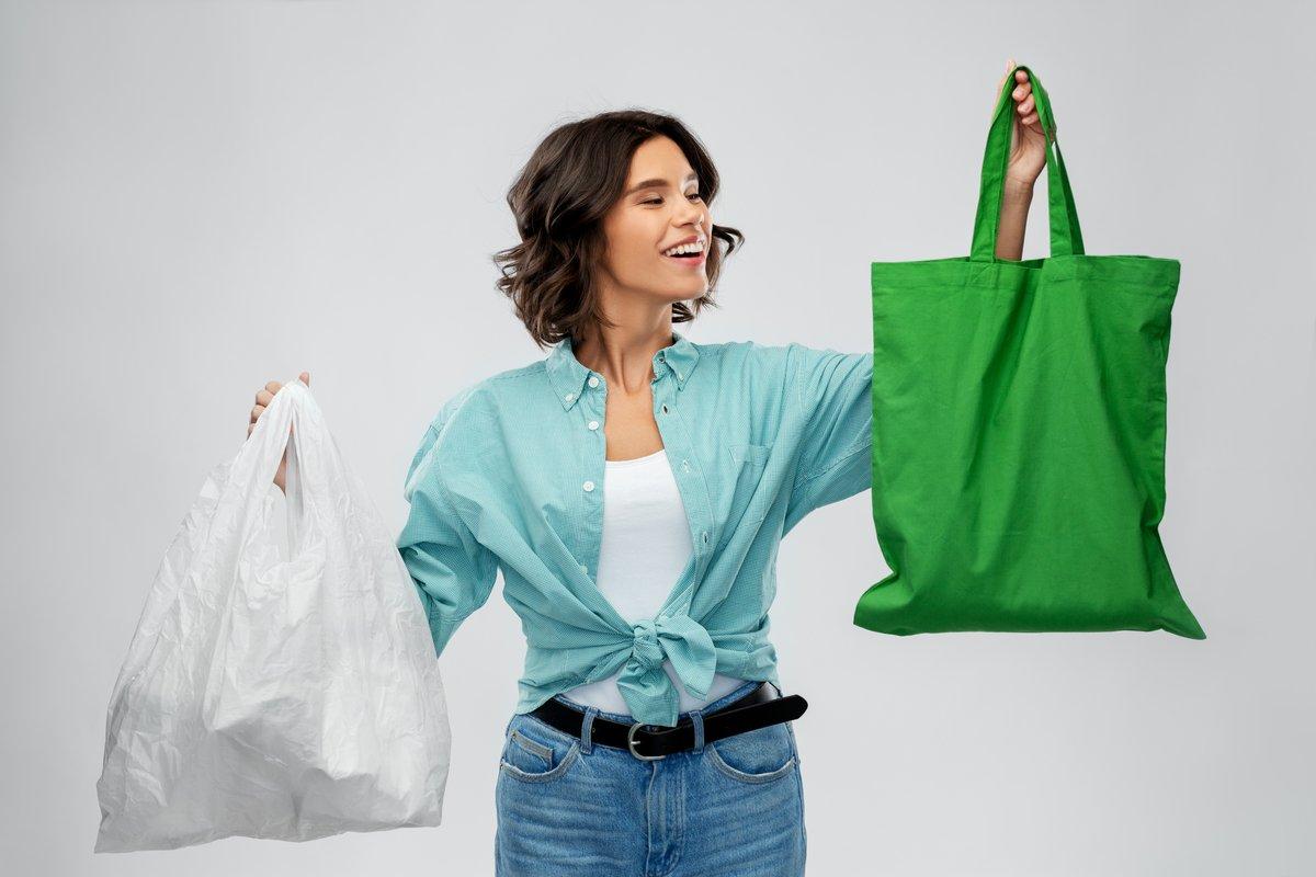 「エコバッグ」の正しい使い方、節約が目的では環境にやさしくなれない