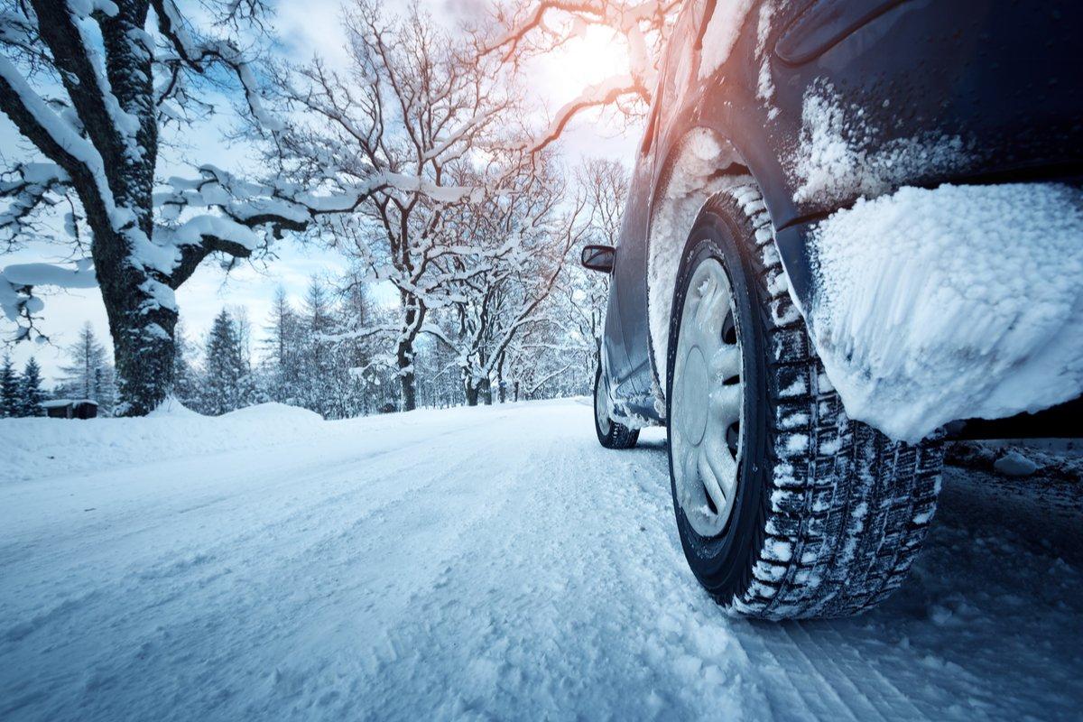 タイヤの冬支度、関越道立ち往生からの学び
