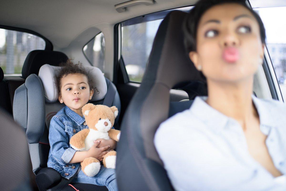 「交通ルールを破る」「暴言を吐く子ども」どう対処する?ママ友のマナー違反!