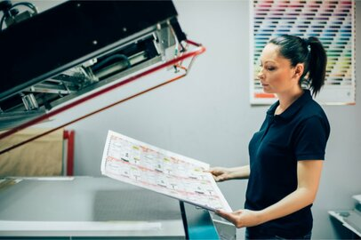 女性のプロセス製版工の給料はどのくらいか