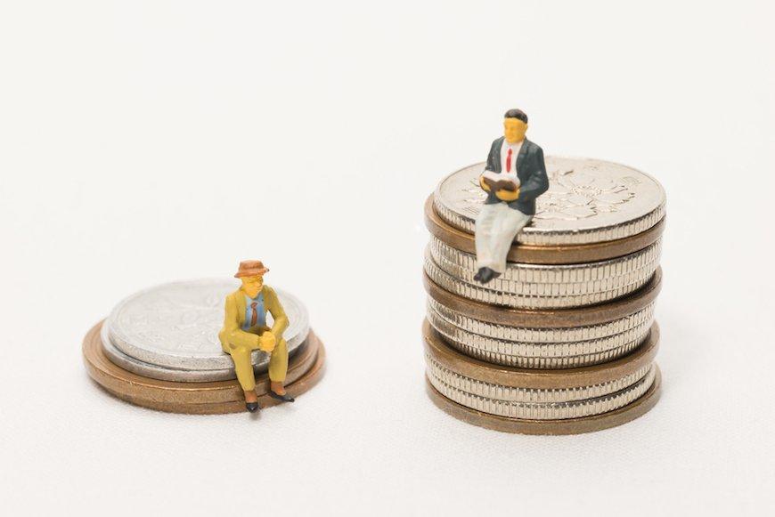 お金持ちと貧乏人に平等なものとは?