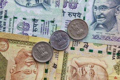 インドの政治・経済の先行き不透明感強まる