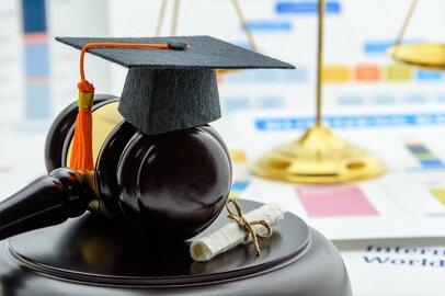 明治大学・法学部の卒業生が就職する上位企業ランキング