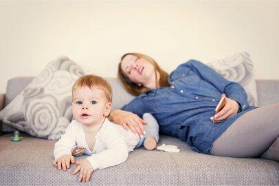 子供が赤ちゃんだった頃…。今だから笑えるヘトヘト育児を経験したママたちのエピソード