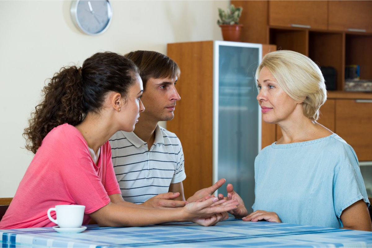 壁紙、立地…マイホーム購入に口出ししてくる両親。その「真意」とは?