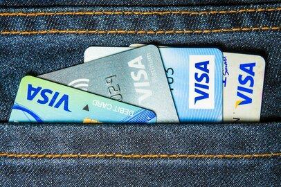Amazonのクレジットカードと楽天カードはどちらがポイントを貯めやすいか徹底比較