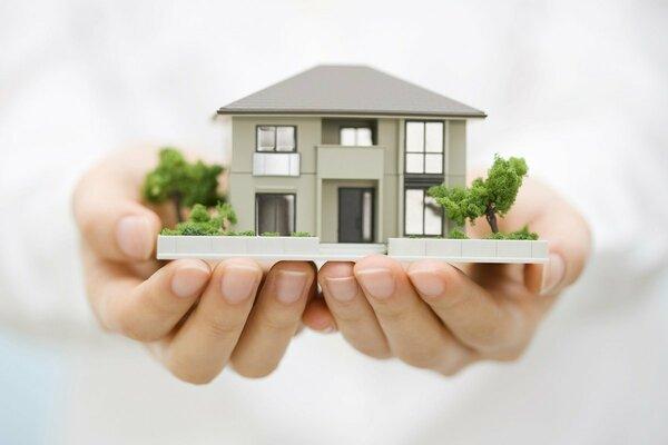 【一戸建て購入者のお金事情】注文住宅・建売・中古で価格や返済月額はどう違う?