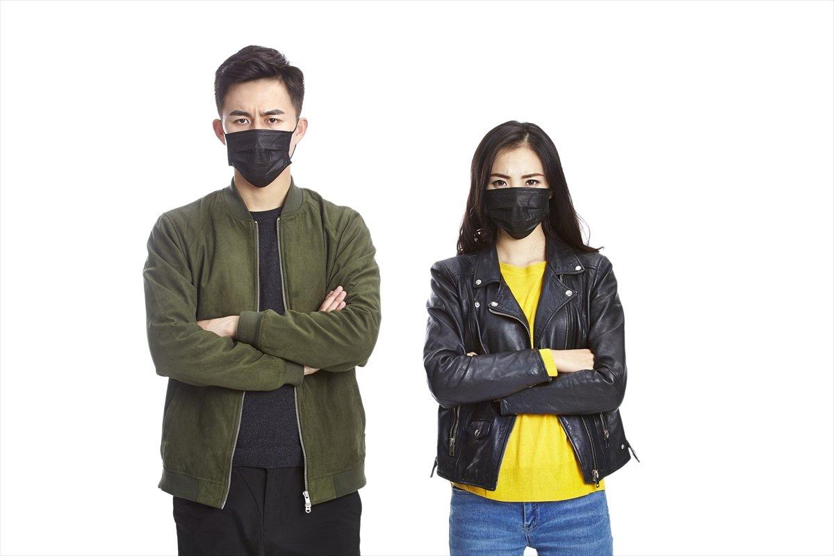 マスク好きだけど「黒マスクには違和感」な日本人とそれを見る海外の視線
