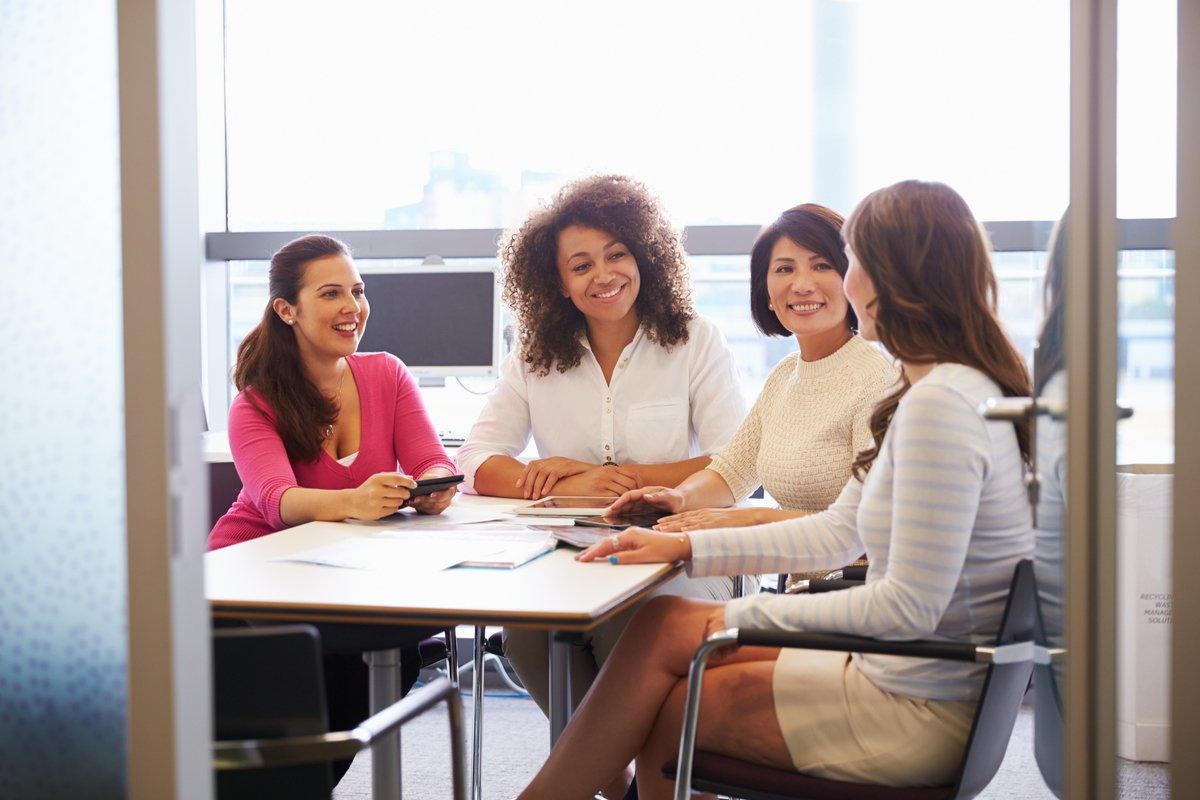 「もう辞めたい」と思ったことがある働く主婦は9割以上…その理由1位とは?