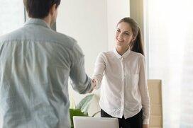 初対面の人と話すのが苦手な人は何割? 自然な話しかけ方3つのヒント