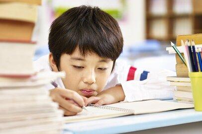 一斉休校で学力低下が心配…。家庭環境の違いで学力格差も!?