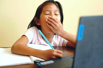 """習いごとってオンラインだと難しい! 自宅では""""やる気スイッチ""""が入らない子どもたち"""