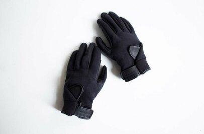 この冬は「タッチパネル対応」の手袋を選びましょう!