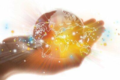 世界の富裕層も使う国際分散投資。個人投資家はどう使うべきか