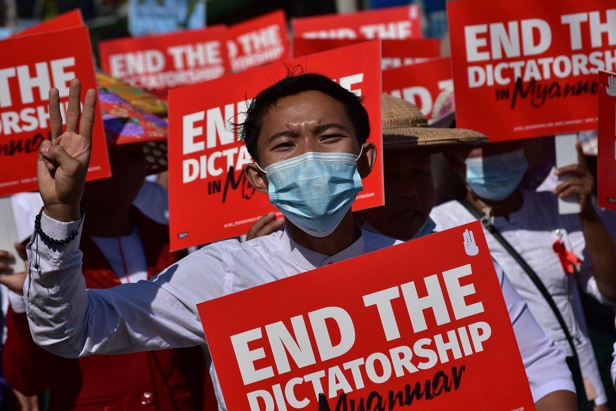 日本企業も巻き込まれる危険。中国への反発強めるミャンマー市民