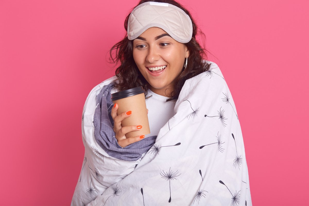 今冬のヒット商品「着る毛布」売れ筋5選。辛い朝の救世主!光熱費の節約にも