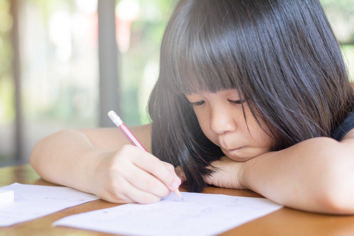 小学校で漢字につまづきやすいのは何年生? 算数などの意外な盲点とは