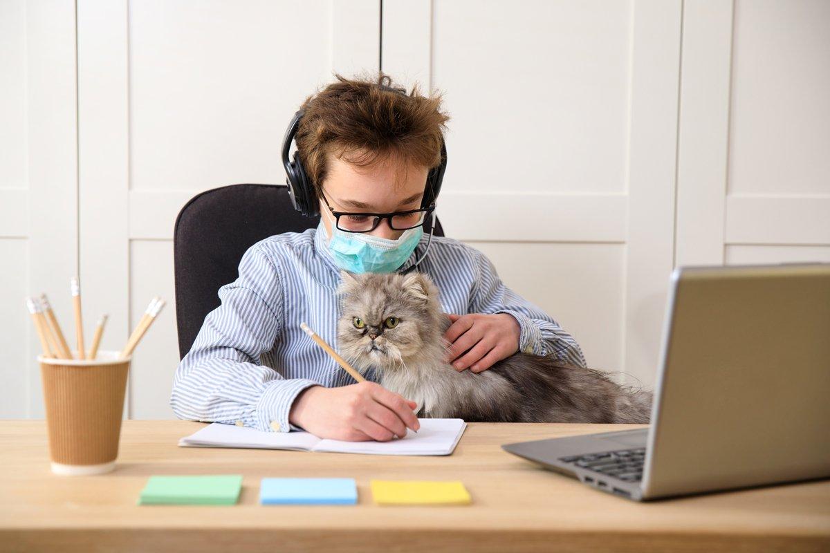 一斉休校で注目「オンライン学習」で試される、親の習慣・NG行動とは?