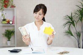 もし投資資金が100万円あったら? 一気に投資か、毎月コツコツ投資するのか