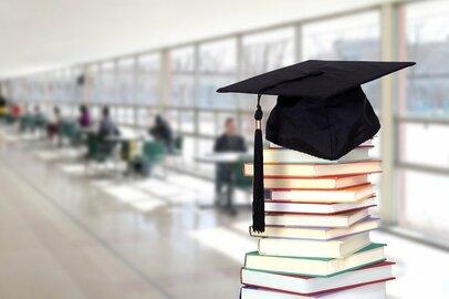 私立大学なら4年で700万円以上…どうする!教育費