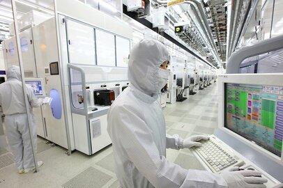 サムスン、SK擁する韓国半導体産業、米中の牽制に戸惑い