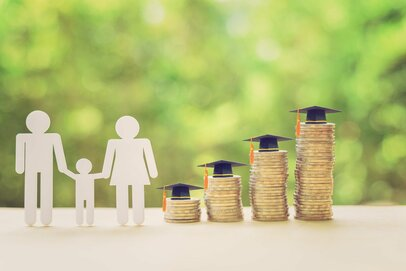 幼稚園~大学までの学習費はいくら?「公立」と「私立」果たしてその差とは