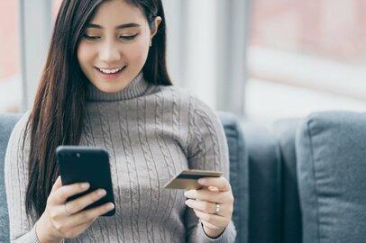 連休や年末年始に備えて、クレカ付帯保険を調べられるアプリで旅行保険をチェック!