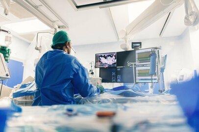 日本の医療機器市場、治療・施術分野が増加へ