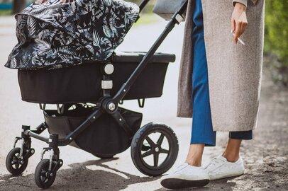 ベビーカーに歩きタバコ、人の家でも…出産後、喫煙を再開するマナー違反のママたち