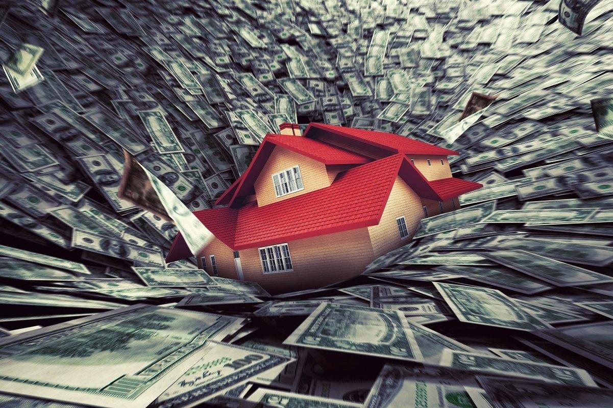 残業代激減で住宅ローンが破綻! 収入減と返済迫る金融機関のはさみ打ちに…