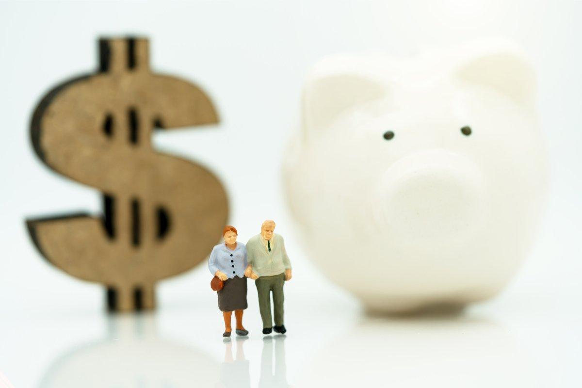 定年後、みんな貯金はいくら残ってる?気になる70歳以降のマネー&ライフ