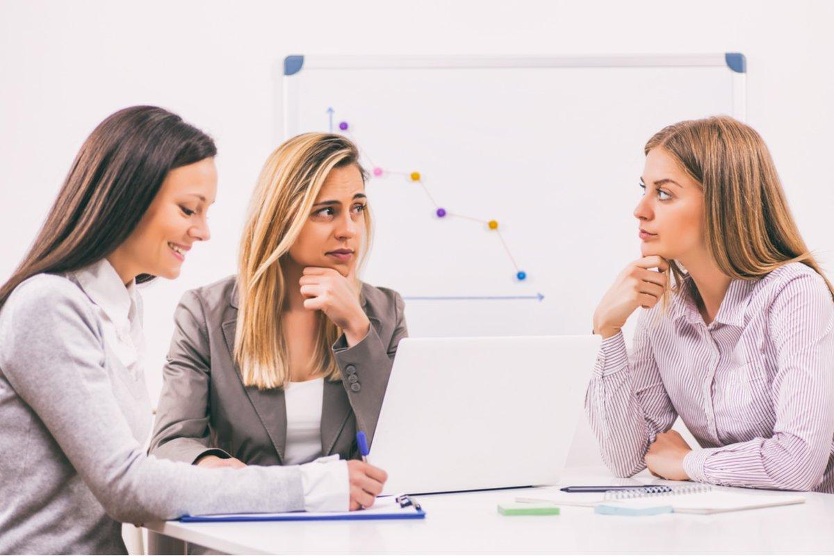 職場で起こる同僚女性の嫉妬。原因は「私生活」にあり?