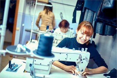 女性のミシン縫製工の給料はどのくらいか