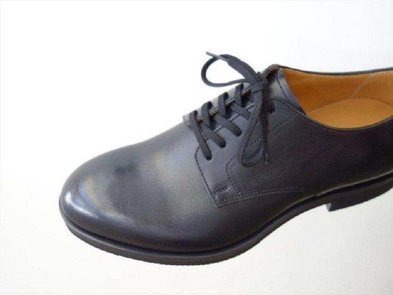 大人の休日に。ショップスタッフが薦める革靴4選