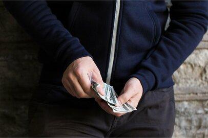 「マスオさん生活」を送る夫の究極の解決方法。妻の親と家事分担を「お金」で解決⁉
