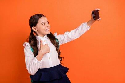 イマドキ小学生のファッション、スマホ、恋愛事情…ママたちの本音や家庭のルール