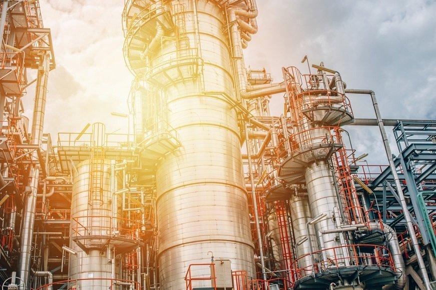 """今年も""""有望銘柄""""の信越化学工業に自社株買いは必要か?"""