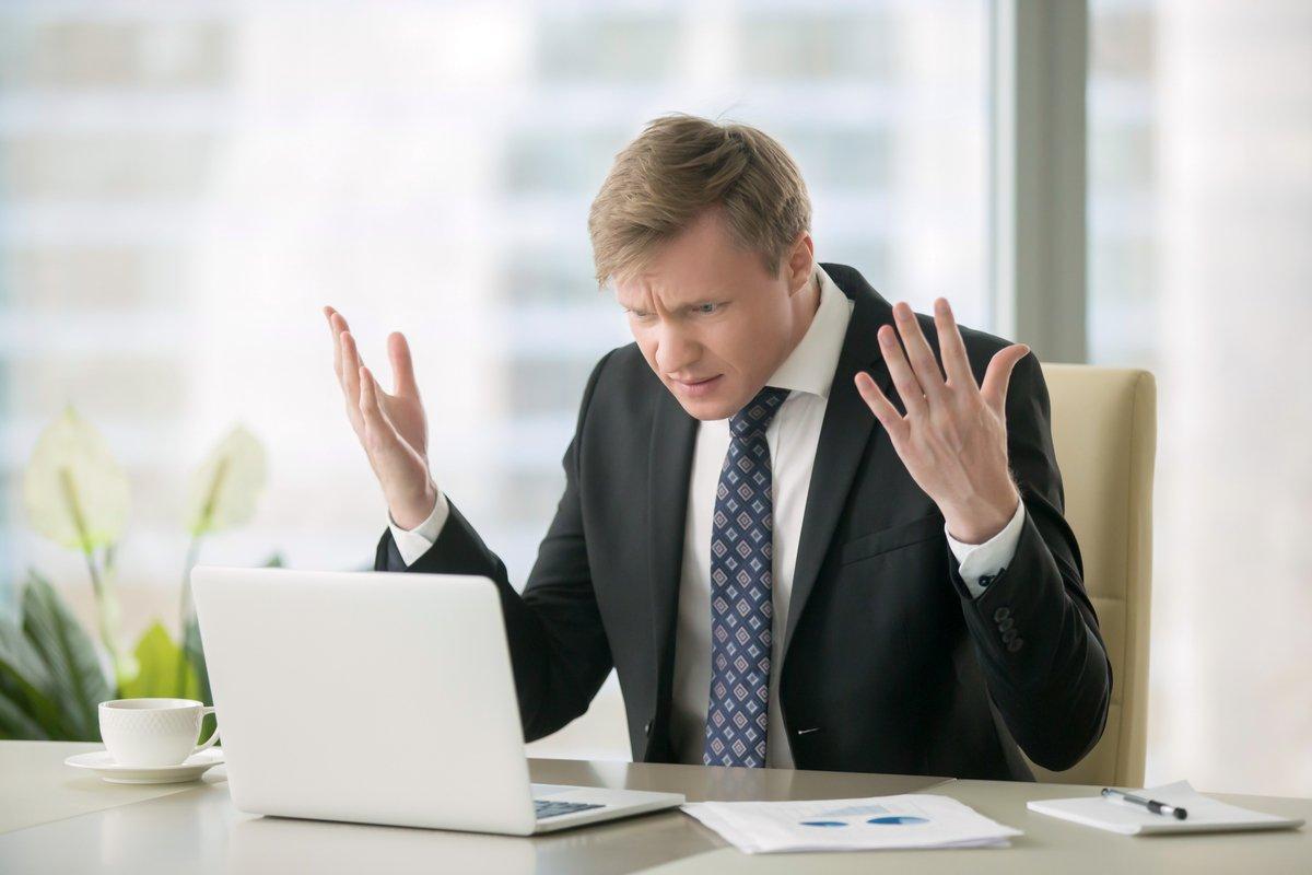 企業のSNSアカウントが乗っ取られた!どうすれば良い?