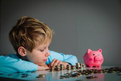 「お小遣いがなくなった!」その時子供はどうする?「稼ぐ力」を養う「お金の教育」とは