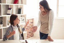 目につく子供の行動…10代3女の母が自粛中に手放してラクになったこと