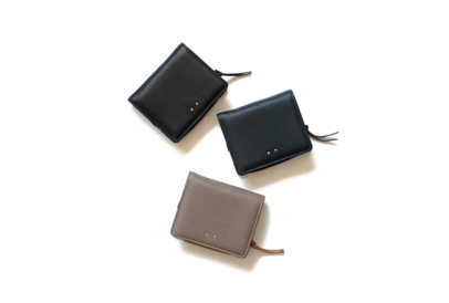 「ミニ財布」でスマートなスタイルを作る。頼れるレザーの品5選