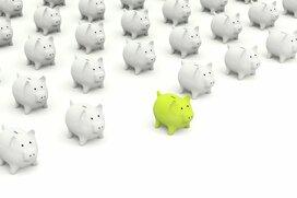 貯蓄1000万円でも、生活は「苦しい」?みんなの貯蓄と収入はどれくらいか