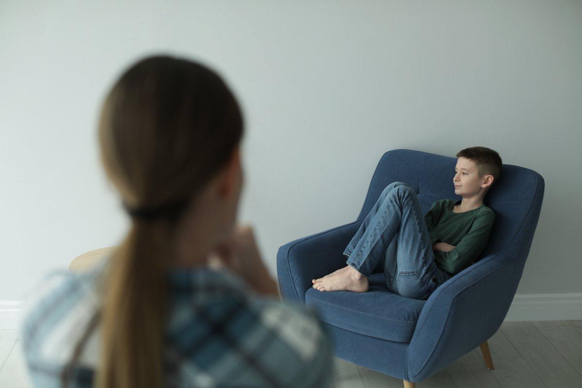 「我が子は発達障害かも…」いつまでに医療機関を受診するべき?早めの受診がマストな理由