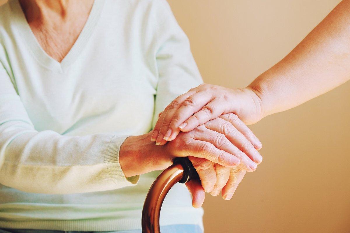 頑張りすぎない介護は「家族の負担を減らす介護サービス」の活用から。
