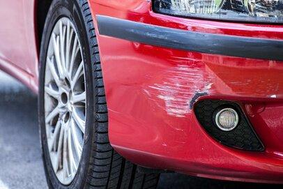 車をこすってしまったら…「自分でできる」補修対処術・レベル別3選