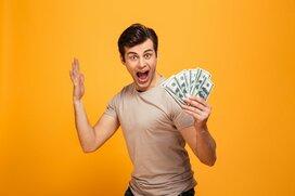 離婚理由2位は「生活費を渡さない」!お金に苦労する男性の見分け方