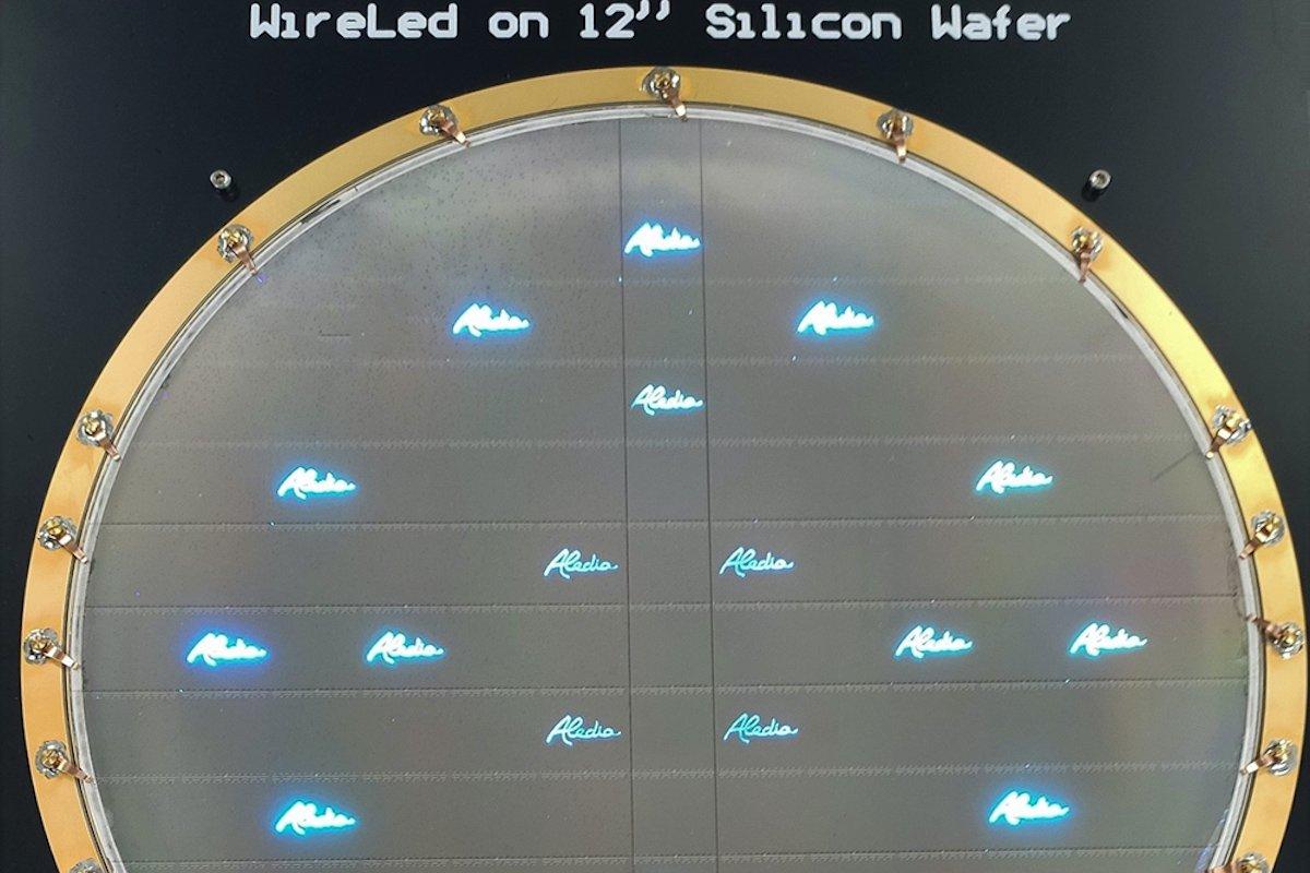 ナノLEDを開発するアレディア、300mmで試作に成功
