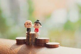 みんなの老後資金はどれくらい?年齢別の貯蓄と負債