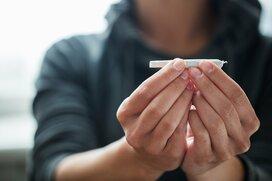 「普通の子」を襲う薬物の危険~家出経験者が語る未成年者の薬物事情