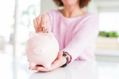 貯金したい女性が今すぐやめるべき5つの行動